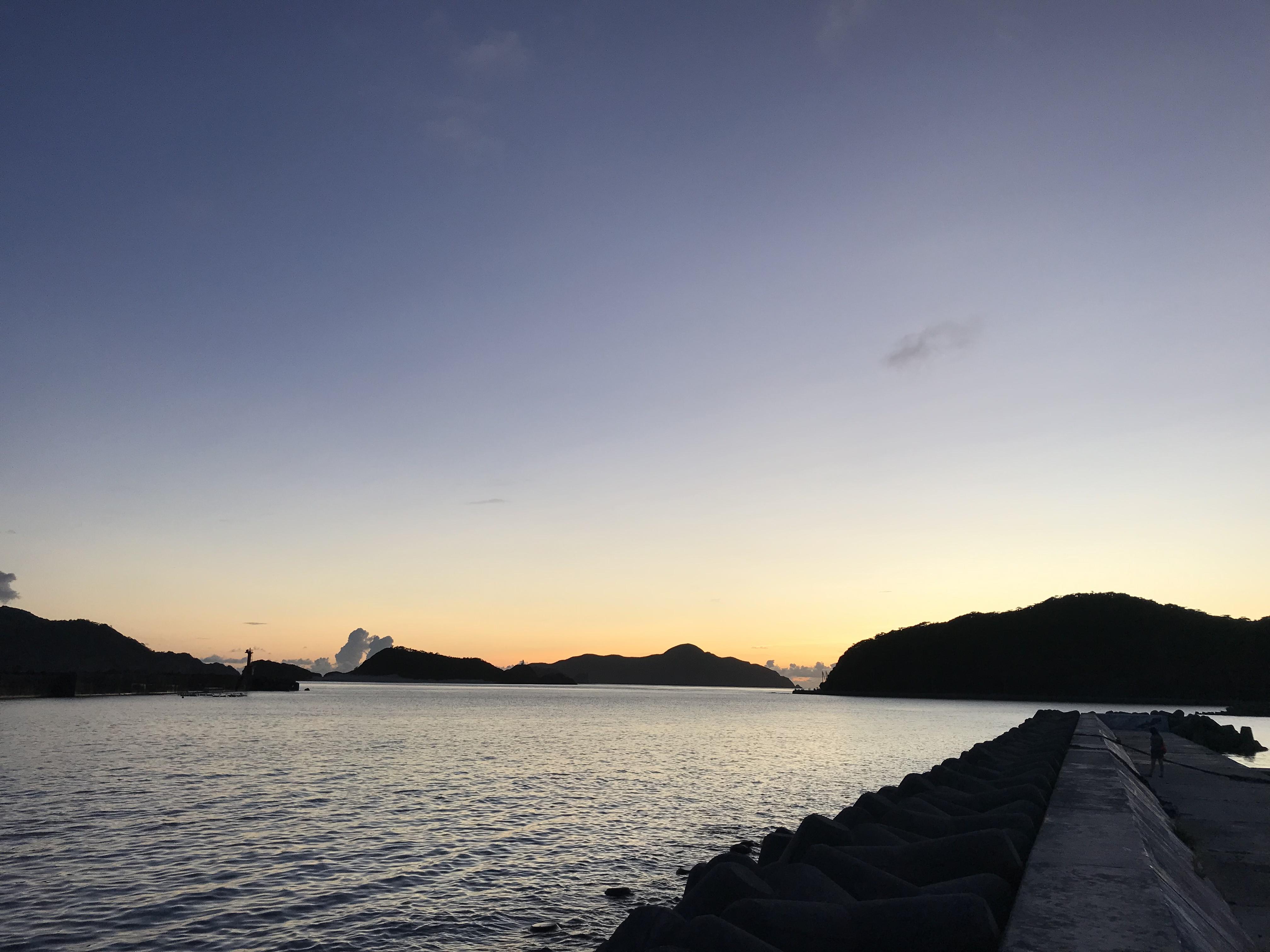 離島の夕日は別格です。。。